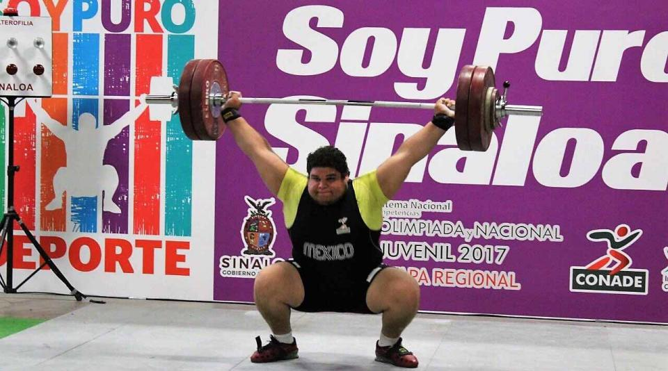 Raúl Manríquez irá al mundial de pesas en Tokio