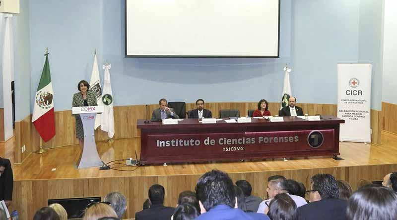 Asisten peritos de PGJE BCS al Octavo Encuentro Nacional de Servicios Médicos Forenses