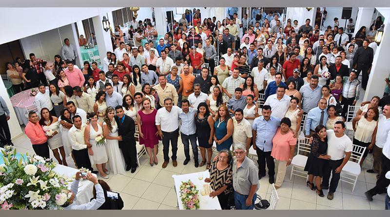 Celebra Gobierno de Los Cabos a través de DIF y Registro Civil, unión de 150 parejas en legítimo matrimonio