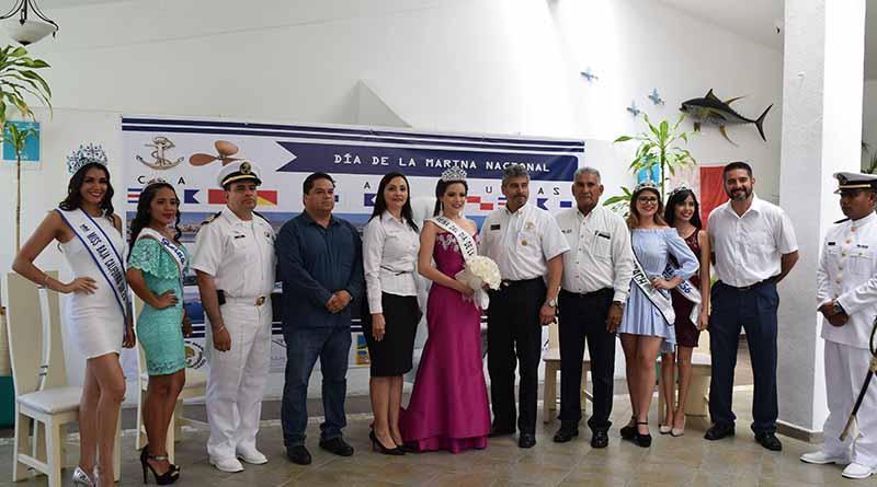 Celebran CXII Reunión extraordinaria en API Los Cabos coronando a la reina del día de la Marina Nacional 2017