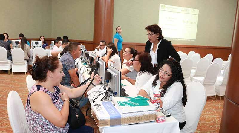 Se ofertaron más  de 850 plazas en la feria de empleo San José Del Cabo 2017