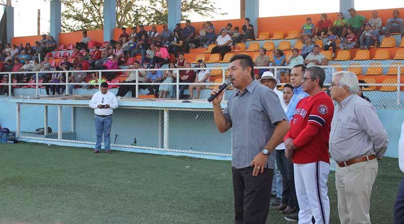 Se inauguró el Cuadrangular de Softbol Femenil en La Paz