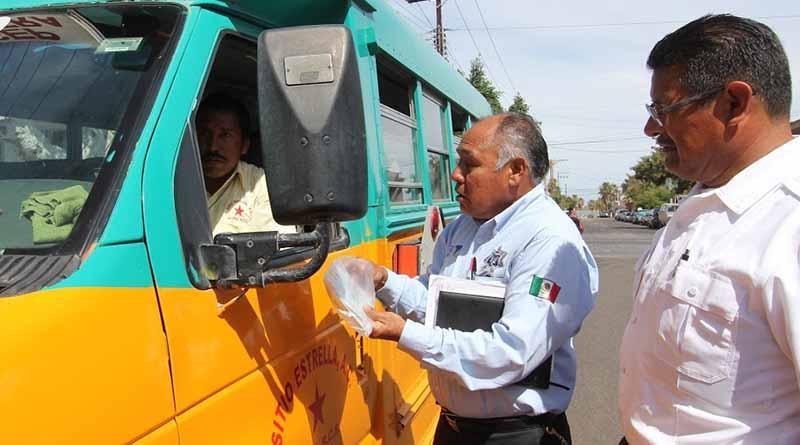 A revisión las unidades de transporte urbano de pasajeros
