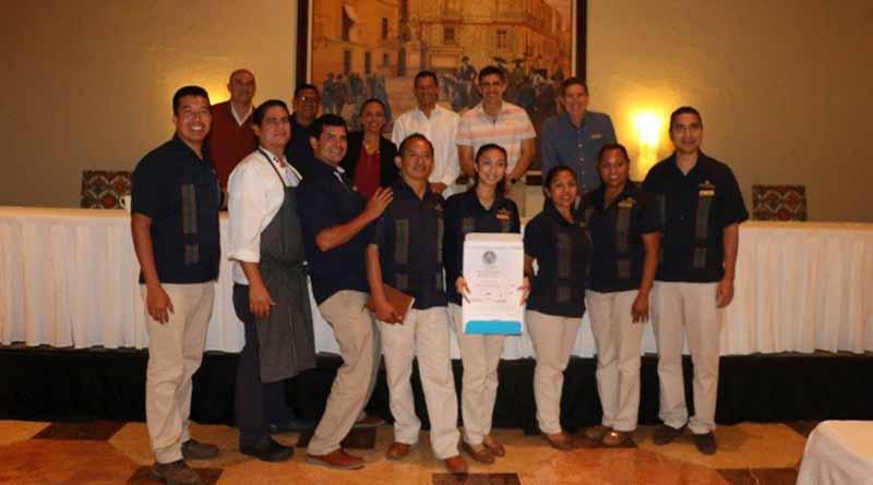 Entrega SECTUR nuevos distintivos de higiene a hoteles de Los Cabos