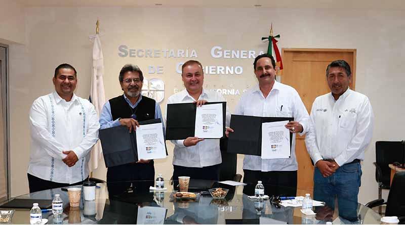 Firman convenio la secretaría del trabajo e ICATEBCS, con la comisión nacional para el desarrollo de pueblos indígenas