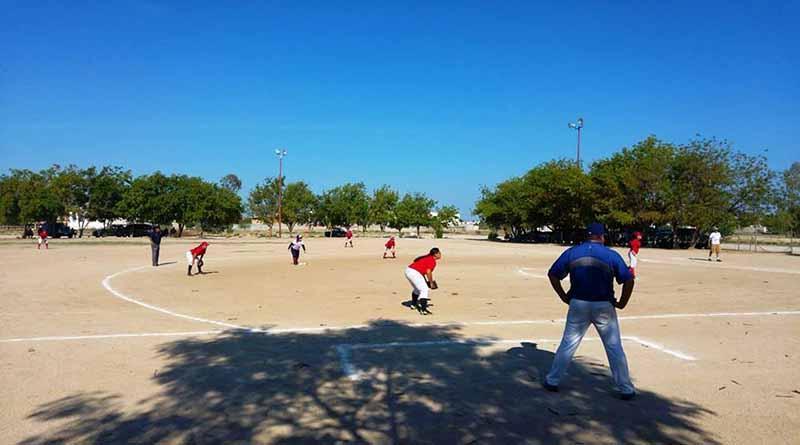 Arranca el Torneo de Softbol Femenil de Fiestas de Fundación