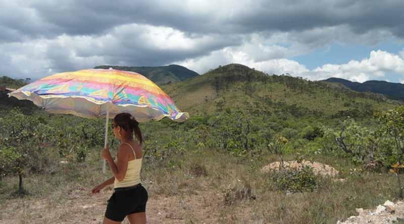 Pese a que habrá lluvias puntuales, calor prevalecerá este viernes