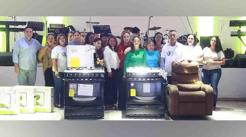 Celebran Día de la Madre a trabajadoras del XV Ayuntamiento de La Paz