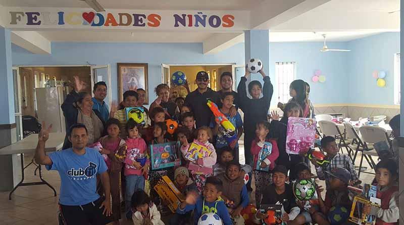 Niños de Casa San Juan Diego disfrutan del 5to Juguetón organizado por Club Fit Style