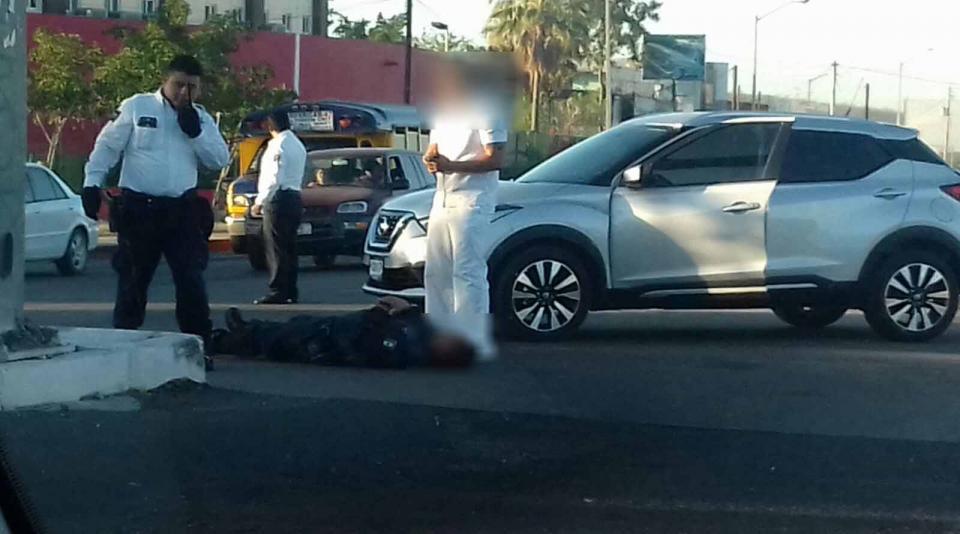 Atropellan a policía de tránsito en La Paz