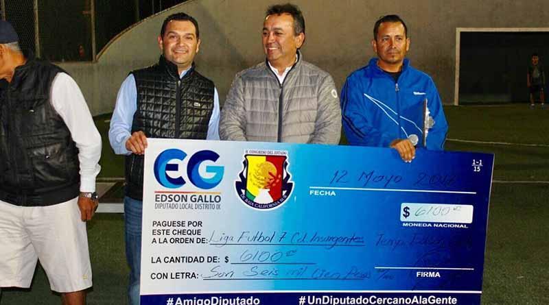 Alcalde Francisco Pelayo Encabeza Premiación de Liga de Fútbol 7 Edson Gallo