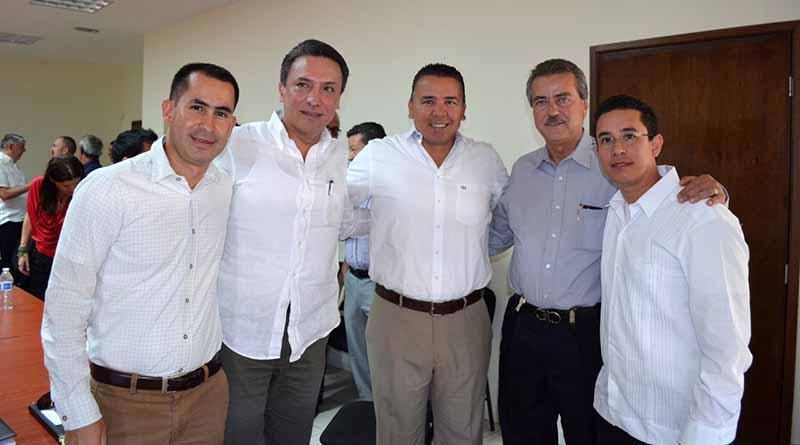 Tres órdenes de gobierno se reúnen en busca de reordenamiento de El Médano