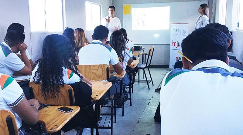 ISJuventud imparte charla de nutrición a estudiantes de la colonia Villas De Guadalupe