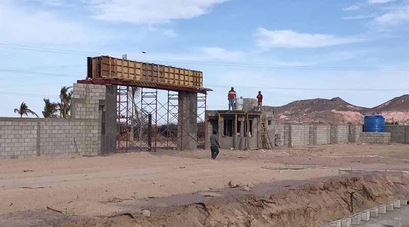 Avanzan trabajos de construcción del nuevo panteón municipal