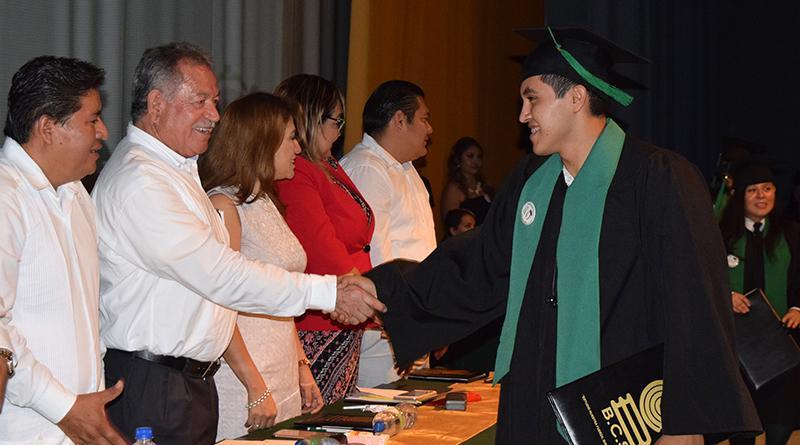 Gobierno de Los Cabos y la asociación inspire México  colocan primera piedra del centro de atención de la juventud