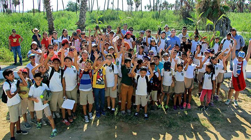 Reforestan gobierno, asociaciones y estudiantes Estero Josefino