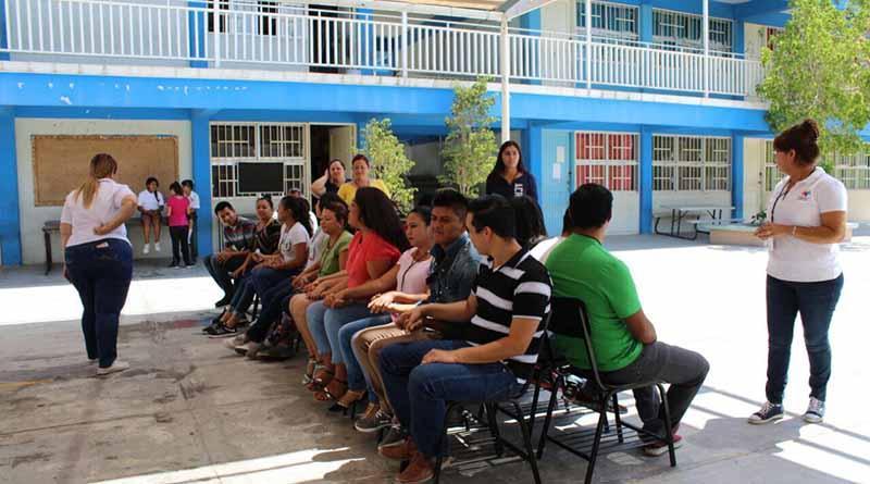 """Programa """"Ver Bien Para Aprender Mejor"""" atendió en BCS a más 64 mil alumnos de primarias y secundarias: SEP"""