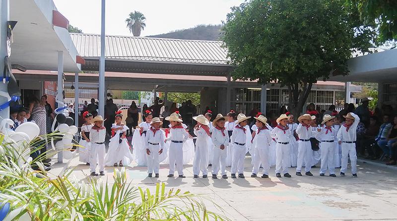 SSA de BCS certifica a primaria de San Antonio como escuela promotora de la salud