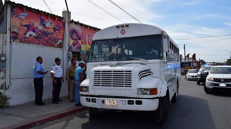 Supervisan autoridades  y transportistas los paraderos del transporte público