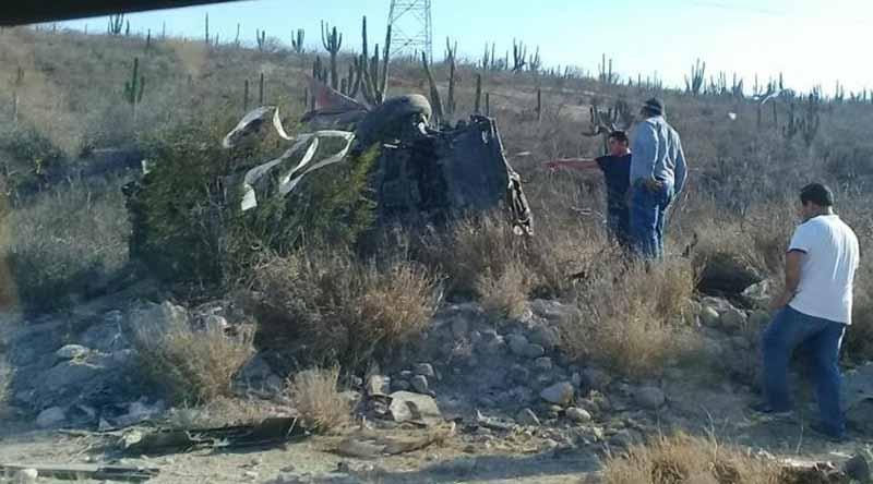 Muere mujer por volcadura en Las Pocitas
