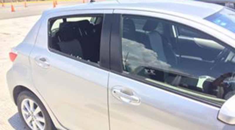 Tras intento de asalto en el libramiento CSL-SJC, sospechosos apedrean vehículo