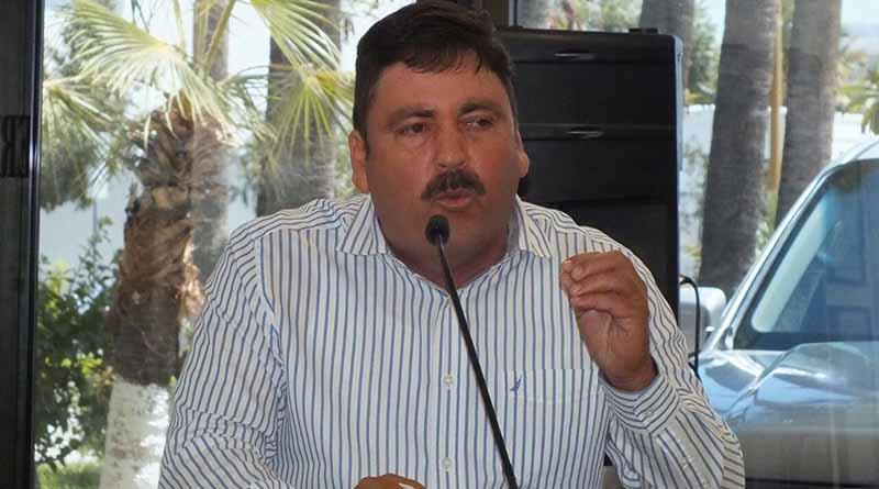Llama Diputado Venustiano Pérez Sánchez al Director del Centro SCT en la entidad q que resuelva el problema de las malas obras en carreteras de Baja California Sur
