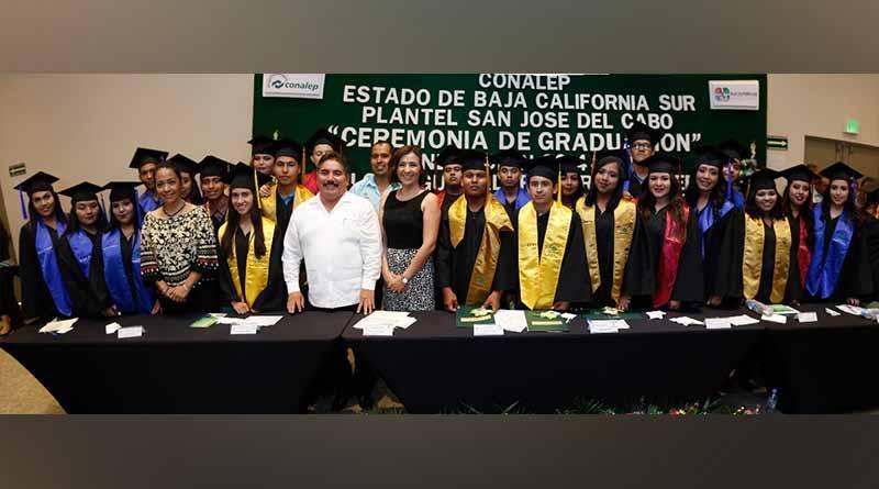 Alcalde Francisco Pelayo, Padrino de Egresados del CBTA