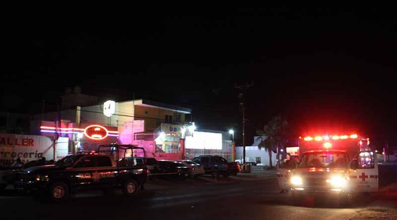 Asesinan a tiros a dos hombres en un bar de SJC