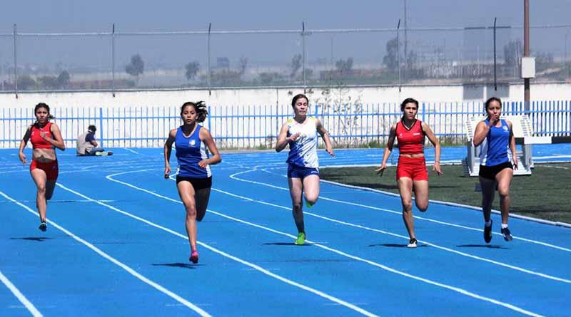 INSUDE entrega estímulos a medallistas de la Olimpiada Nacional