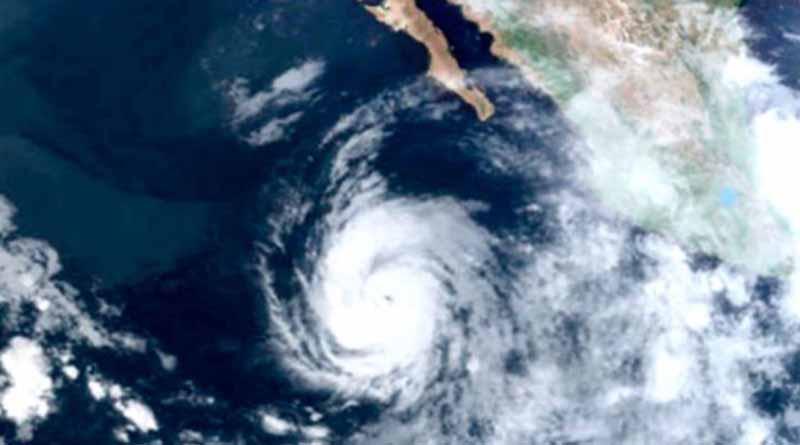 Huracán Eugene pierde fuerza y desciende a categoría 2