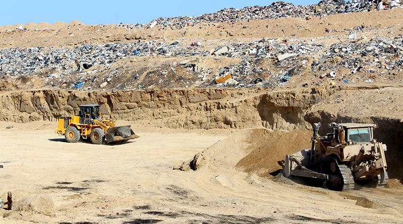 Busca dirección de servicios públicos optimizar destino final de desechos sólidos