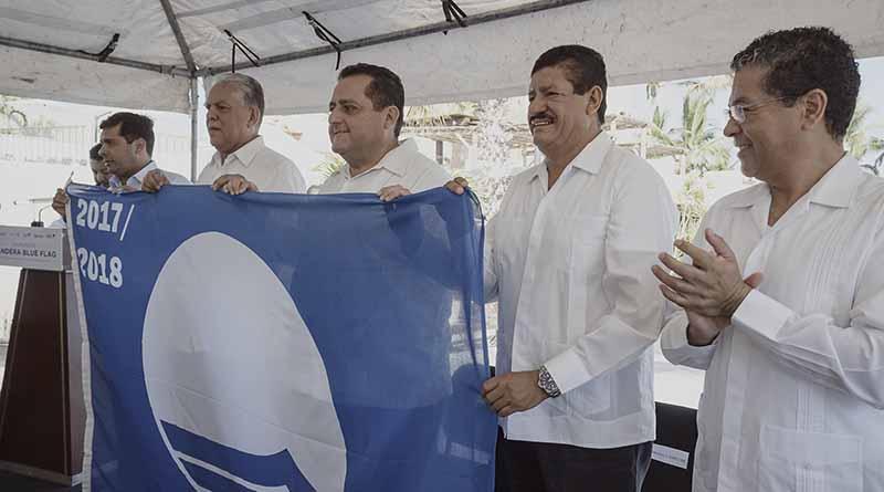 Reciben playas y marinas de La Paz galardón Blue Flag