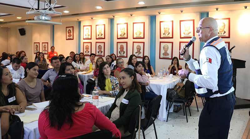 Capacita SEP a personal de los 24 albergues escolares de BCS
