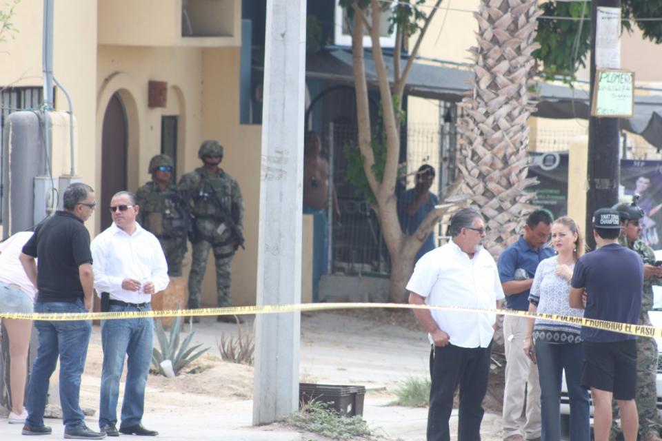 Reportan presunta agresión a balazos contra escolta de diputado Ibarra