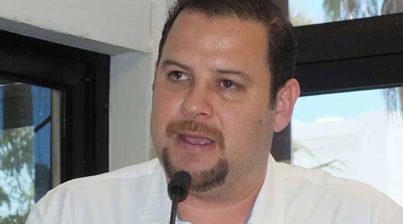 Aquí no ha habido mezquindades  políticas. Diputado Alejandro Blanco Hernández