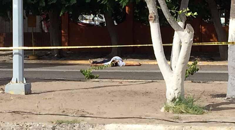 Acribillan a un hombre frente a terminal de autobuses en Insurgentes