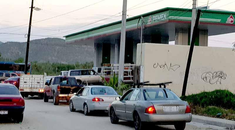 Garantizado abasto de combustible y víveres en Los Cabos, no hay que hacer compras de pánico: Secretario General