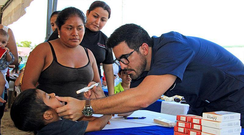 Brinda dirección de Salud Municipal atención médica, nutricional y dental en jornadas sociales