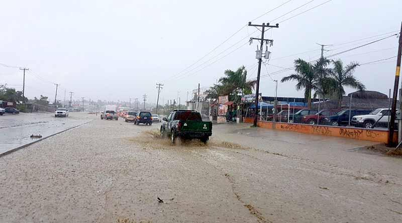 Suspenden clases a partir de mañana por probabilidad de lluvias torrenciales en Los Cabos