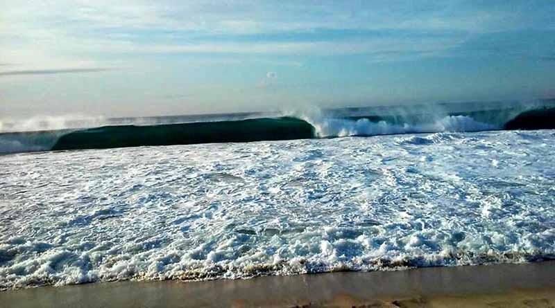 Restringen acceso a playas de Los Cabos por efectos de depresión tropical 14-E