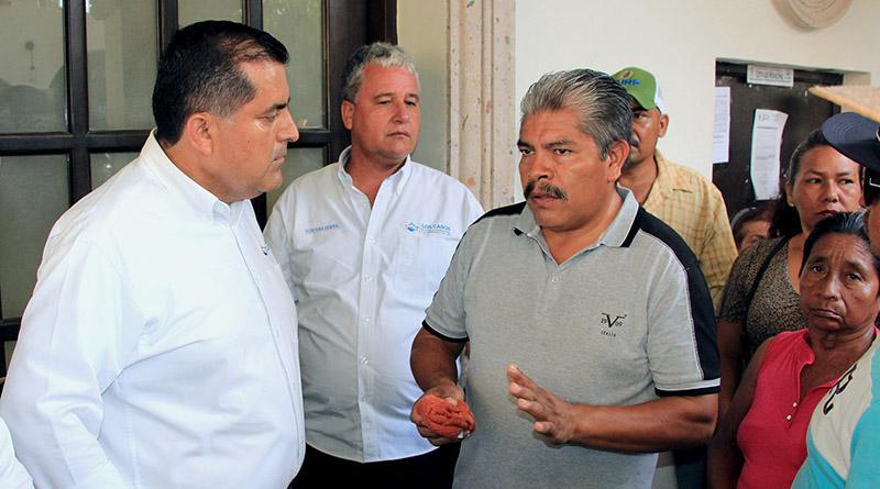 Atiende alcalde a vecinos de Vado Santa Rosa SJC