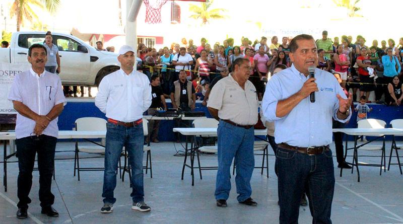 Realiza Gobierno Federal y Municipal entrega masiva de apoyos del programa propera