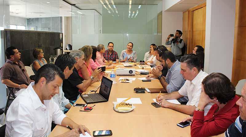 Presidenta del congreso sostiene reunion con autoridades y comerciantes del centro historico de San Jose Del Cabo