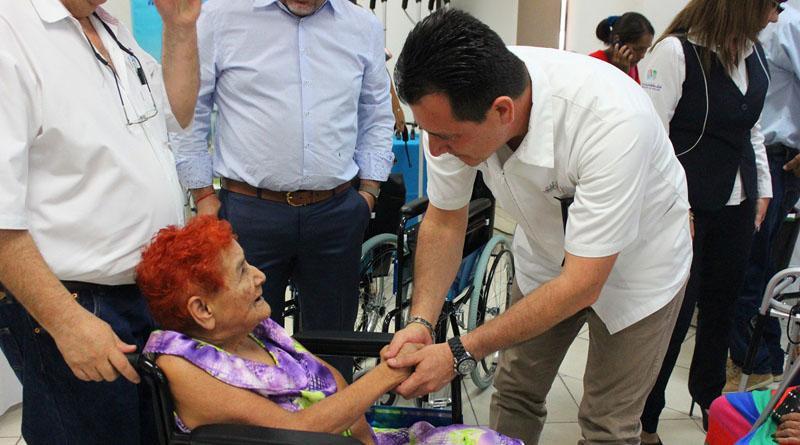 """Más de 40 sudcalifornianos con discapacidad son beneficiados con """"Rodada de Vida"""""""
