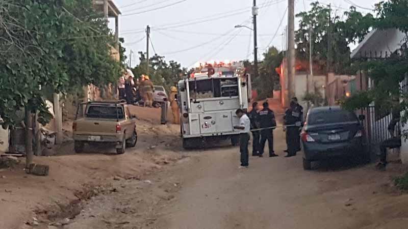 Disparan contra domicilio en Lomas del Rosarito, niña muere quemada por explosión de tanque de gas y papás resultan heridos