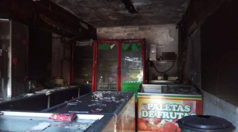 Una paletería en La Paz sufre pérdidas considerables  tras incendio