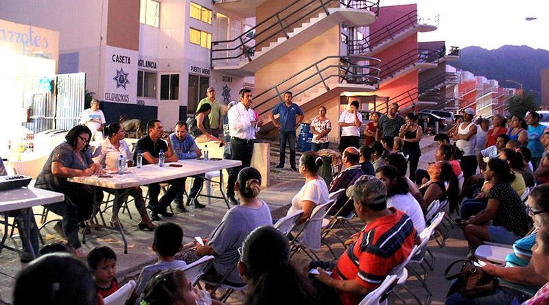 Atiende Gobierno Municipal solicitudes de vecinos y comité de participación ciudadana de puerto nuevo