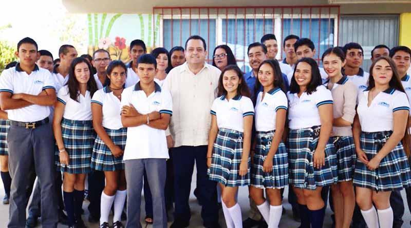 Educación de calidad, clave para el progreso de BCS: CMD