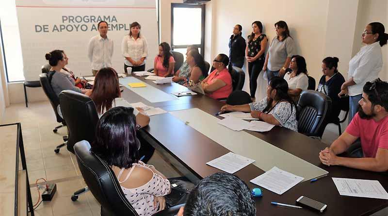 Entrega la secretaría del trabajo y previsión social equipos para ocho nuevas microempresas en La Paz