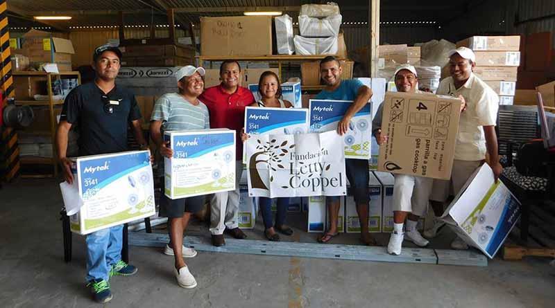 Fundación Letty Coppel lleva ayuda a familias que sufrieron pérdidas materiales por Lidia